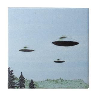 UFOのトリオ タイル