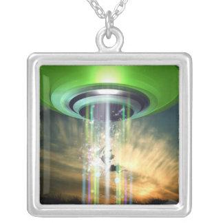 UFO 2 シルバープレートネックレス