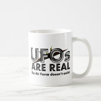 UFOsは実質です-空軍は存在していません コーヒーマグカップ