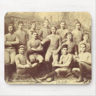 UMassのフットボール1888年 マウスパッド