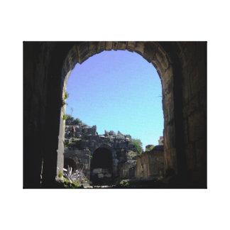 Umm Qaisのローマのアーチ道 キャンバスプリント
