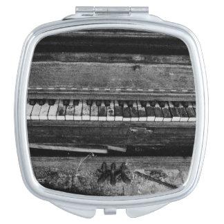 「Ungrand Piano