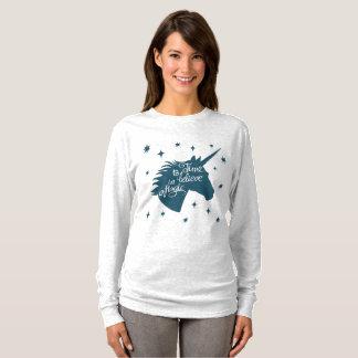Unicorn Magic Tシャツ