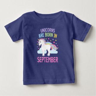 Unicorns are Born in September Cute Unicorn ベビーTシャツ