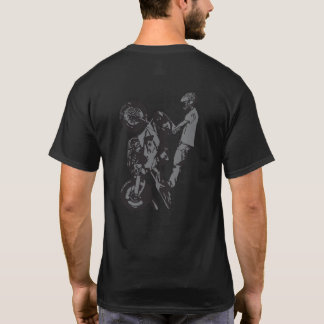 UpOnOne.comのWheelieのロゴ Tシャツ