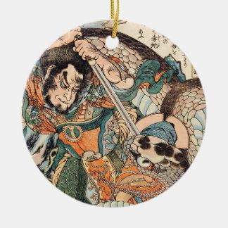 Utagawa Kuniyoshiは英雄の戦いのヘビの芸術をsuikoden セラミックオーナメント