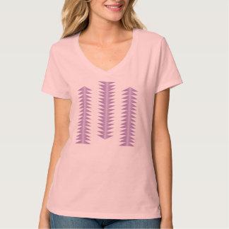 V首のティー の幾何学的な種族のデザイン-ラベンダー Tシャツ