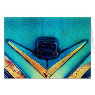 V8力! 大きいエンジンのクロム紋章 グリーティングカード