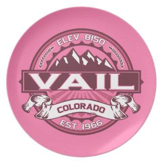 Vailのロゴのハニーサックル プレート