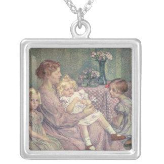 van de Veldeおよび彼女のChildren 1903年夫人 シルバープレートネックレス