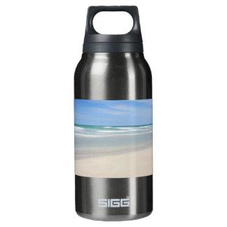 Varaderoのビーチ、キューバ 断熱ウォーターボトル