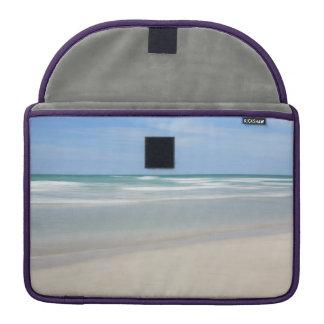 Varaderoのビーチ、キューバ MacBook Proスリーブ