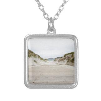 Vatersayのビーチ シルバープレートネックレス
