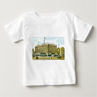Vendomeの新しいホテル、エバンズビル、Inidana ベビーTシャツ