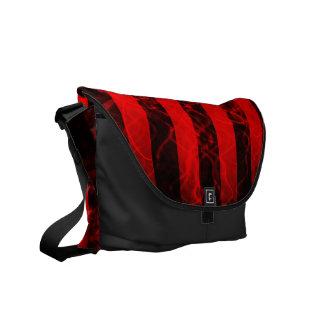 Verticleのストライプなパンクの黒くおよび赤いデザイン クーリエバッグ