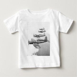 VF-17 F4U4の海賊 ベビーTシャツ