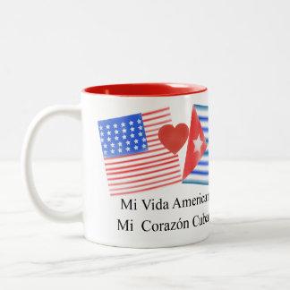 Vidaのamericano、corazónのcubano ツートーンマグカップ