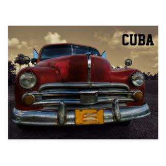 Vinales、キューバのクラシックなアメリカ車 ポストカード