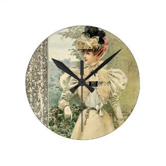 Vintage Victoriana Le Nouvelle Monde ラウンド壁時計