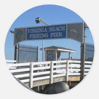 Virginia Beachの魚釣り桟橋 ラウンドシール