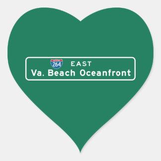 Virginia BeachのVAの交通標識 ハートシール