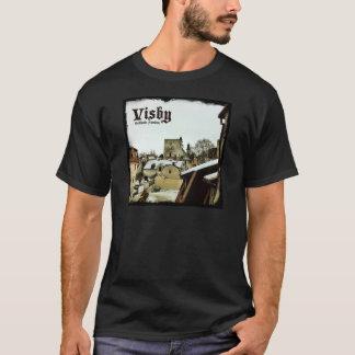 Visbyの暗いボーダーが付いているゴトランド、スウェーデンの屋上 Tシャツ