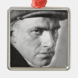 Vladimir Mayakovskyのクローズアップ(Маяковский) メタルオーナメント