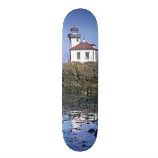 WAのサンファン島、石灰がまの灯台 オリジナルスケートボード