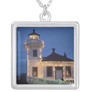 WA、Mukilteoの確立されるMukilteoの灯台 シルバープレートネックレス