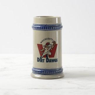 Wachusettの土のDawgsの大学の野球チームのロゴ ビールジョッキ