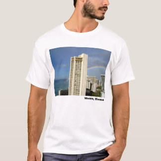 Waikikiのビーチ、ハワイ Tシャツ