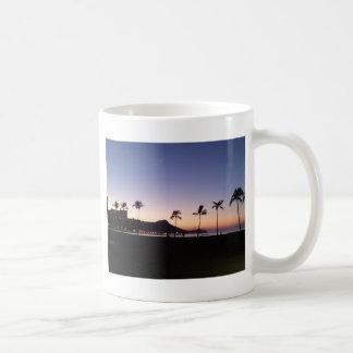 Waikikiの日の出 コーヒーマグカップ