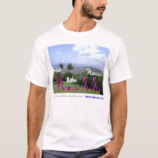 Waikiki、オアフ、ハワイ及びヤシの木の素晴らしい写真 Tシャツ
