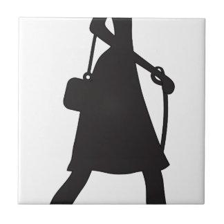 Walking Puppy Silhouette女性 タイル