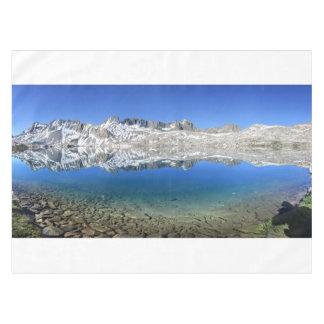 Wanda湖-ジョンMuirの道のGoddardの境界 テーブルクロス