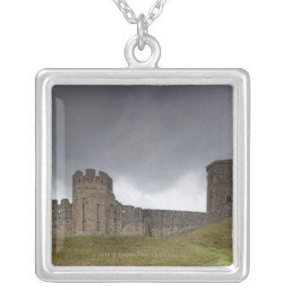 Warkworthの城 シルバープレートネックレス