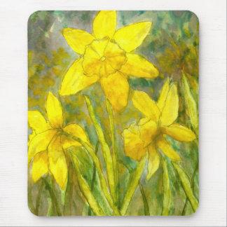 Watercolor Painting, Yellow Flowers Art, Daffodils マウスパッド