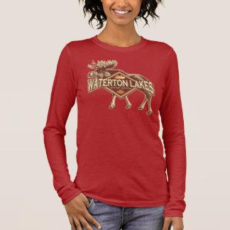 Waterton湖のアメリカヘラジカ 長袖Tシャツ