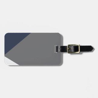 Wellcodaの三層の灰色の三角形の形 ラゲッジタグ