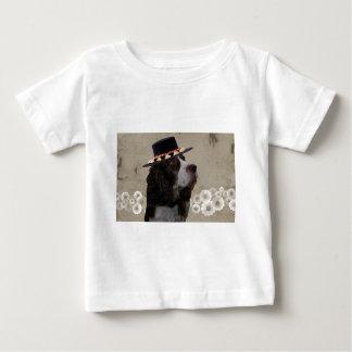 Wheatenテリア + 帽子 ベビーTシャツ