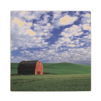 Whitmanのムギ及びオオムギ分野の赤い納屋 ウッドコースター