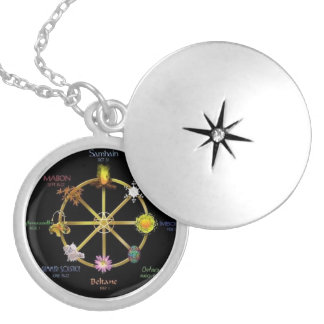 Wicca Pendent 3 ロケットネックレス
