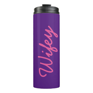 Wifeyのかわいいピンクの紫色のガーリーでクールでシックなトレンディー タンブラー