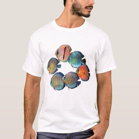 Wild Discus Fish Tシャツ