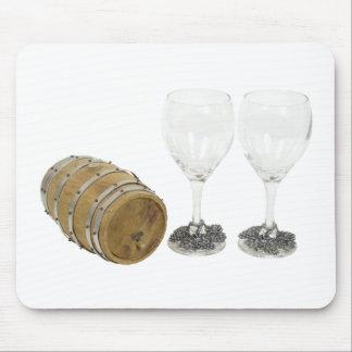 WineBarrelGlasses110709コピー マウスパッド
