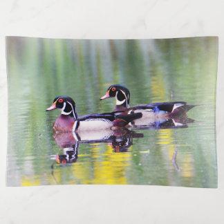 Wood Ducks on Lake トリンケットトレー