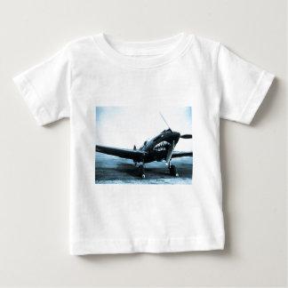 WWIIフライング・タイガースCurtiss P-40の戦闘機 ベビーTシャツ
