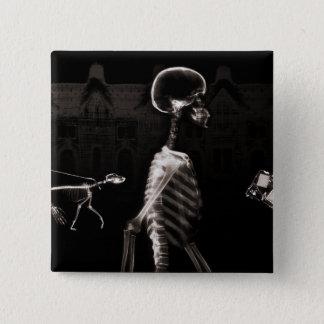 X線の骨組真夜中の散歩の黒のセピア色 5.1CM 正方形バッジ