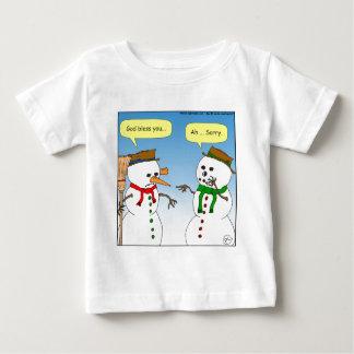 x58雪だるまの神はにんじんの漫画賛美します ベビーTシャツ