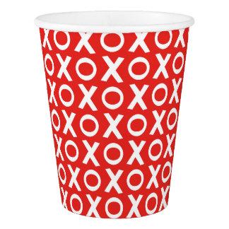 XOはパターンイラストレーションの赤い白に接吻し、抱き締めます 紙コップ